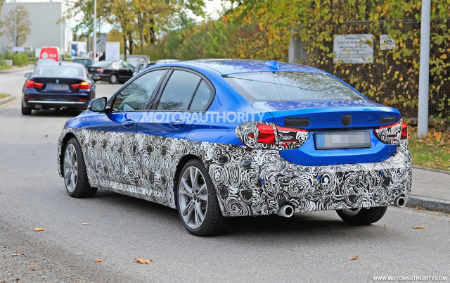 2016 - [BMW] Série 1 Sedan [F52] - Page 9 2020-bmw-1-series-facelift-spy-shots--image-via-s-baldauf-sb-medien_100678073_m