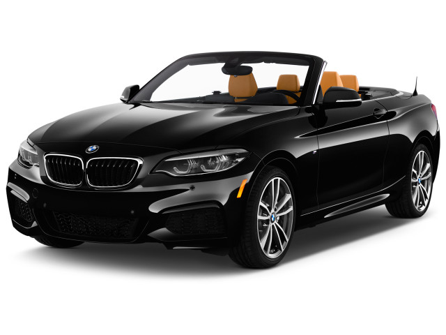 2020 BMW 2-Series 230i xDrive Convertible Angular Front Exterior View