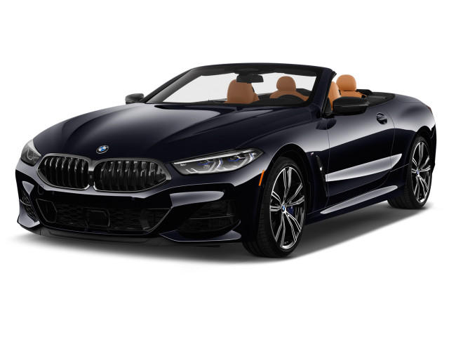 2020 BMW 8-Series M850i xDrive Convertible Angular Front Exterior View