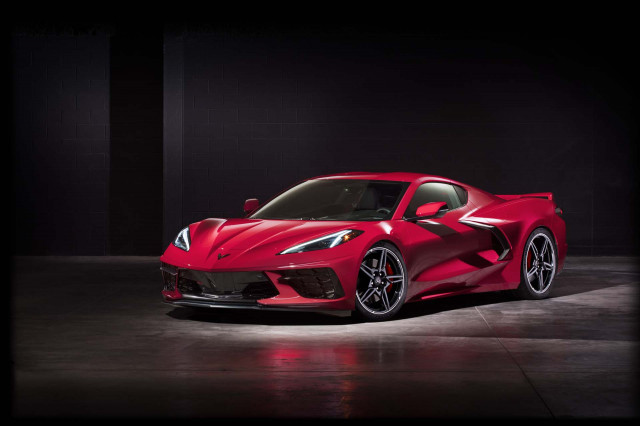 2020 Corvette costs less than $60K all-in, 2020 Mustang Shelby GT500 performance, 2020 E-tron smashed: What's New @ The Car Connection