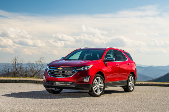 2020 Chevrolet Equinox earns Top Safety Pick for more standard safety features