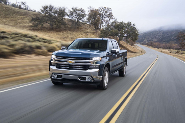 2020 Chevrolet Silverado vs. 2020 GMC Sierra 1500: Compare Trucks