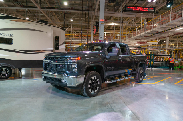 2020 Chevrolet Silverado 2500hd Vs Ford Super Duty F 250 Gmc Sierra