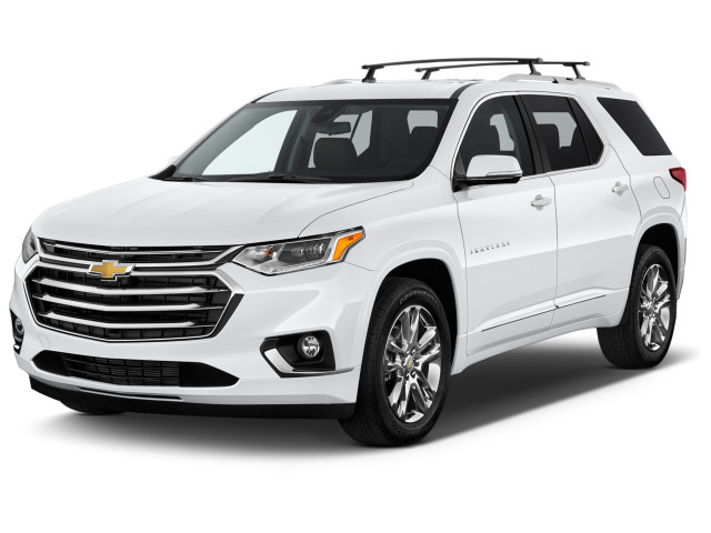 2020 Chevrolet Traverse AWD 4-door High Country Angular Front Exterior View