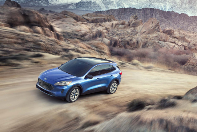 2020 Ford Escape vs. 2019 Toyota RAV4: Compare Cars