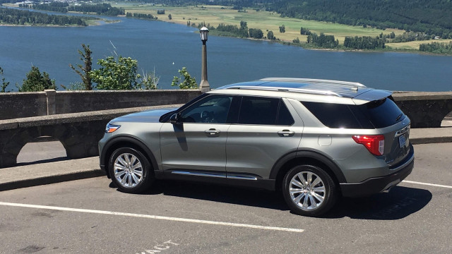 2020 Ford Explorer Hybrid - First Drive - Portland OR, June 2019