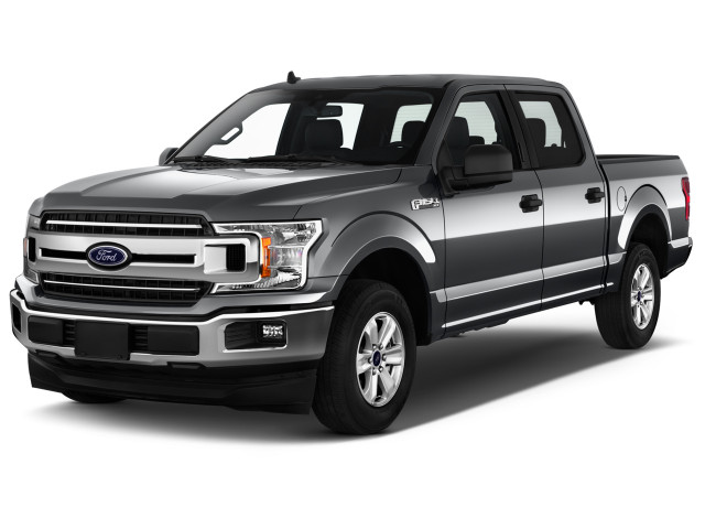 2020 Ford F-150 XLT 2WD SuperCrew 5.5' Box Angular Front Exterior View