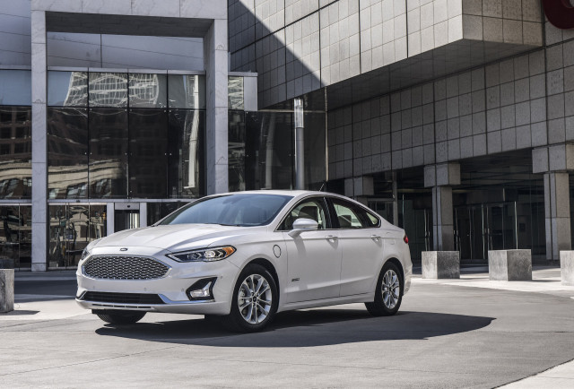 New And Used Ford Fusion Prices Photos Reviews Specs The Car