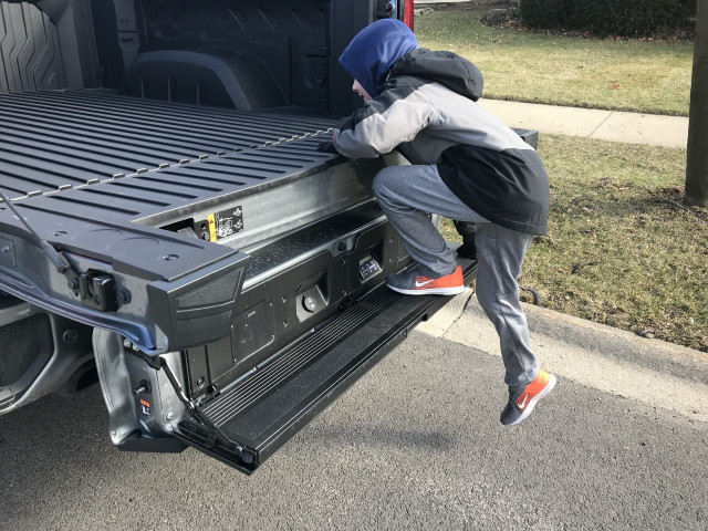2020 GMC Sierra AT4 with MultiPro tailgate