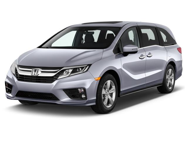 2020 Honda Odyssey LX Auto Angular Front Exterior View