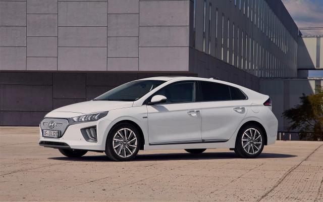 2020 Hyundai Ioniq Electric (European spec)