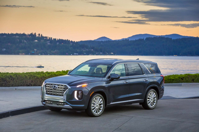 2020 Hyundai Palisade review, Porsche Panamera 'Ring testing, Winnebago EV: What's New @ The Car Connection