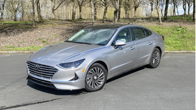 2020 Hyundai Sonata Hybrid  -  First Drve  -  Portland OR, April 2020