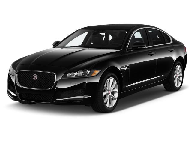 2020 Jaguar XF Sedan 25t Premium RWD Angular Front Exterior View