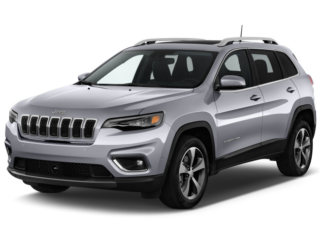 2020 Jeep Cherokee Limited FWD Angular Front Exterior View