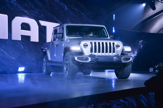 2020 Jeep Gladiator pickup truck will cost more than $60K fully loaded