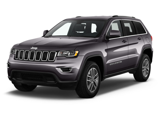 2020 Jeep Grand Cherokee Laredo 4x2 Angular Front Exterior View