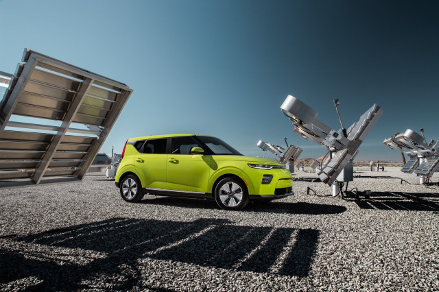 New And Used Kia Soul Ev Prices Photos Reviews Specs The Car
