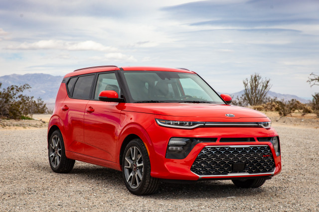 2020 Kia Soul vs. 2020 Mazda 3: Compare Cars