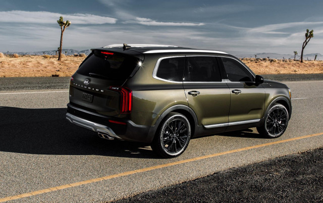 2020 Kia Telluride mpg, Ford Focus ST revealed, Ford Explorer Hybrid priced: What's New @ The Car Connection