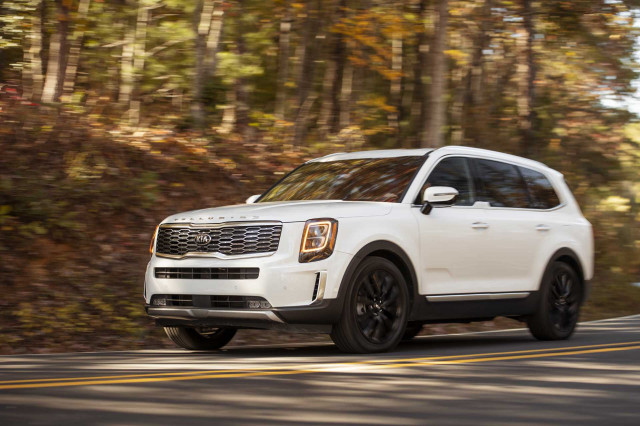 2020 Kia Telluride vs Sorento, 2021 Genesis G80 preview, electric trains are coming: What's New @ The Car Connection