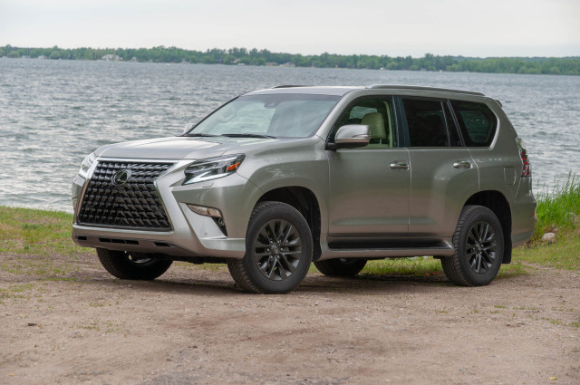 "2020 Lexus GX reviewed, ""The Blues Brothers"" revisited, Mustang Mach-E range recognized: What's New @ The Car Connection"