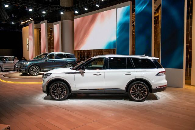 2020 Lincoln Aviator, 2018 LA Auto Show