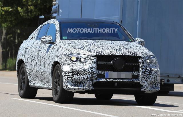 2020 Mercedes-Benz GLE Coupe spy shots - Image via S. Baldauf/SB-Medien