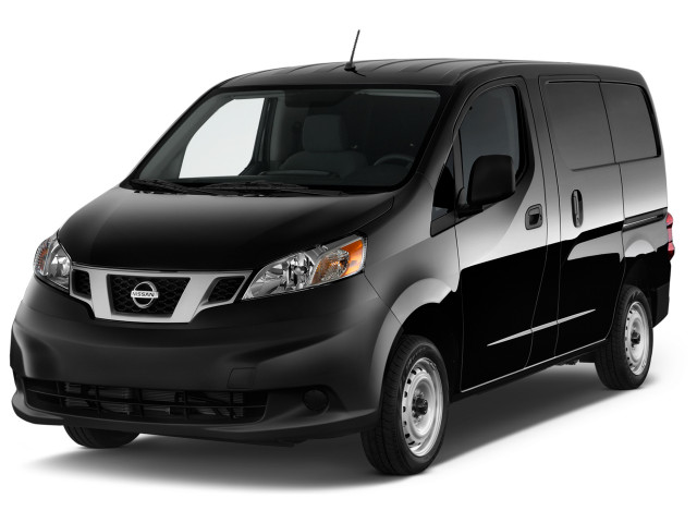 2020 Nissan NV200 I4 S Angular Front Exterior View