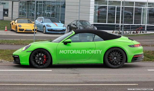 2020 Porsche 911 Cabriolet spy shots - Image via S. Baldauf/SB-Medien