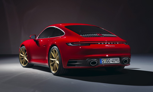 Porsche goes online, the next Lamborghini Aventador, CO2 makes news: What's New @ The Car Connection
