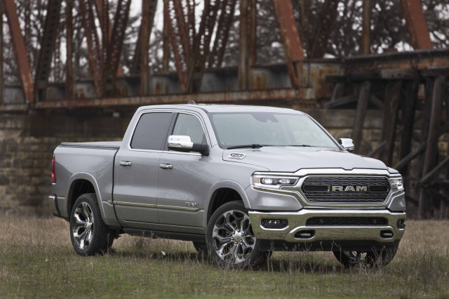 Silverado vs. Ram 1500, 2021 AMG GLE63 preview, Bill Gates on Porsche Taycan: What's New @ The Car Connection