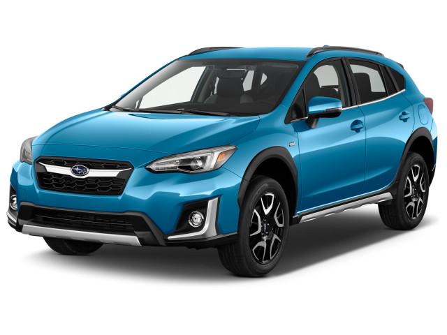 2020 Subaru Crosstrek Limited CVT Angular Front Exterior View
