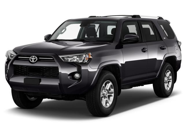 2020 Toyota 4Runner SR5 4WD (Natl) Angular Front Exterior View