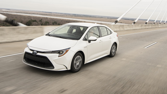 first drive review which 2020 toyota corolla should you buy. Black Bedroom Furniture Sets. Home Design Ideas