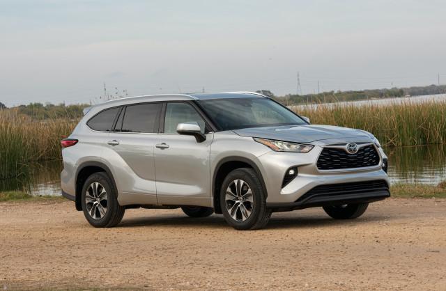 2020 Toyota Highlander vs. Kia Telluride: Compare Crossover SUVs