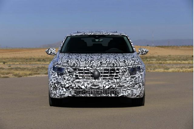 2020 - [Volkswagen] Passat IX 2020-volkswagen-passat-prototype-first-drive--december-2018_100682408_m