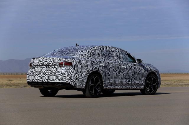 2020 - [Volkswagen] Passat IX 2020-volkswagen-passat-prototype-first-drive--december-2018_100682409_m