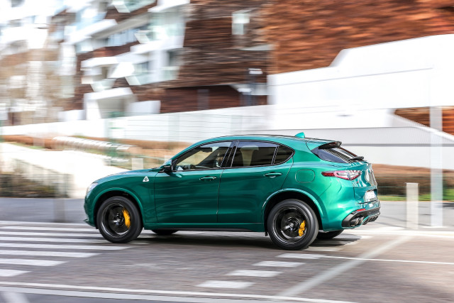 2021 Alfa Romeo Stelvio and 2021 Ford Ranger Tremor reviewed, Audi E-Tron GT preview: What's New @ The Car Connection