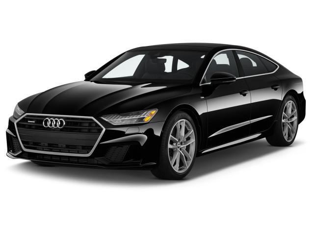 2021 Audi A7 Premium Plus 55 TFSI quattro Angular Front Exterior View