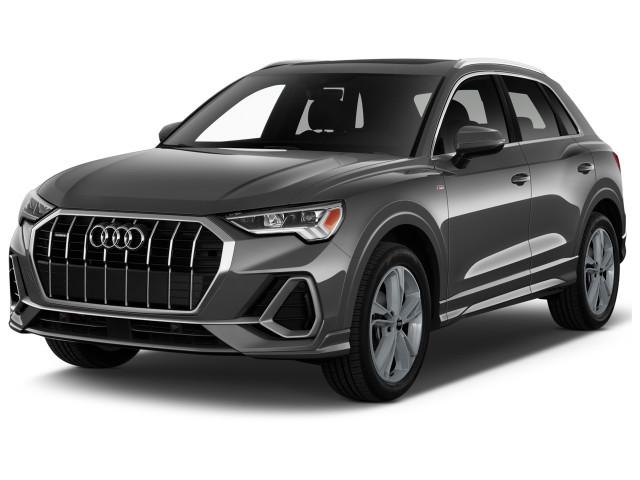 2021 Audi Q3 S line Premium Plus 45 TFSI quattro Angular Front Exterior View