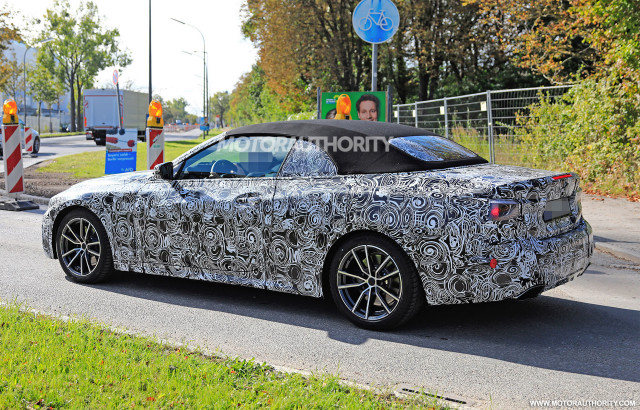 2021-bmw-4​-series-co​nvertible-​spy-shots-​-image-via​-s-baldauf​-sb-medien​_100672201​_m