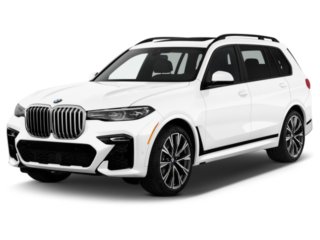 2021 BMW X7 xDrive40i Sports Activity Vehicle Angular Front Exterior View