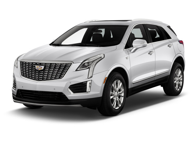 2021 Cadillac XT5 FWD 4-door Premium Luxury Angular Front Exterior View