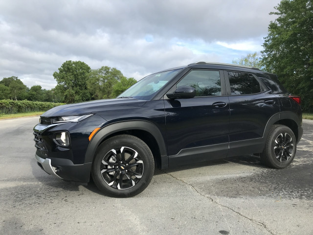 2021 Chevy Trailblazer tested, Ford Bronco history revisited, 2022 GMC Hummer preview: What's New @ The Car Connection