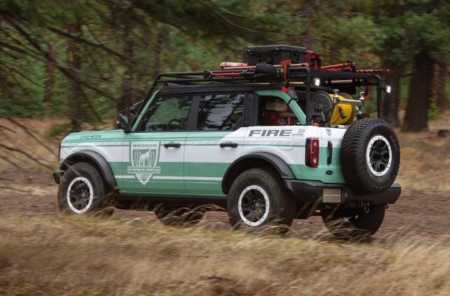 2021 Ford Bronco + Filson Wildland Fire Rig concept
