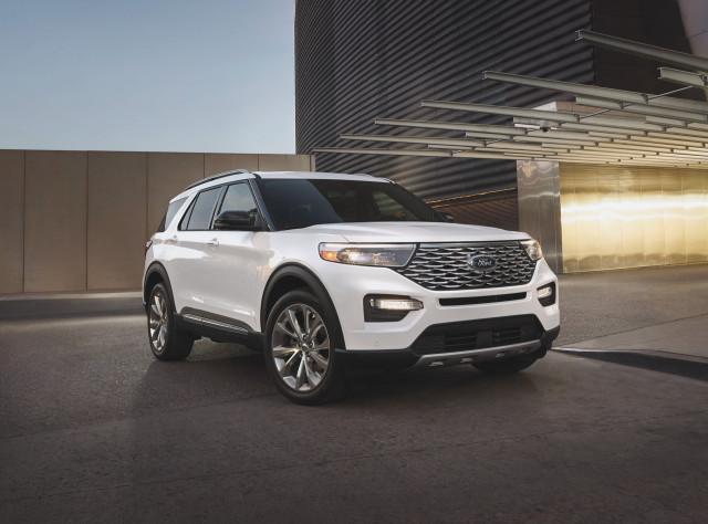 2021 Ford Explorer Platinum Hybrid