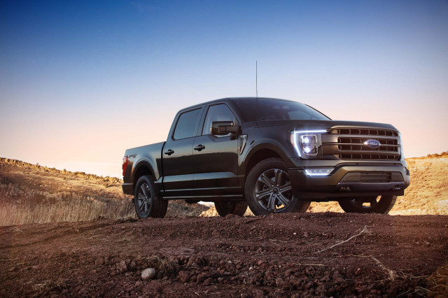 Ram 1500 vs. Chevy Silverado 1500 vs. Ford F-150: How the trucks compare on paper