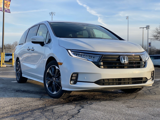 2021 Honda Odyssey driven, 2022 Kia Stinger previewed, electric bus boosts safety: What's New @ The Car Connection