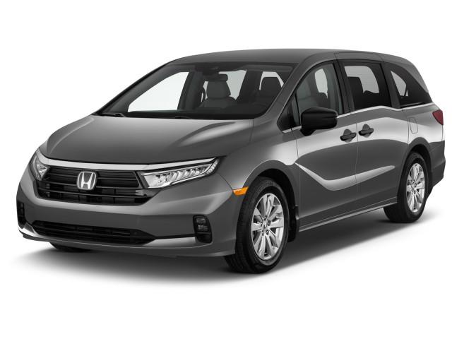2021 Honda Odyssey LX Auto Angular Front Exterior View